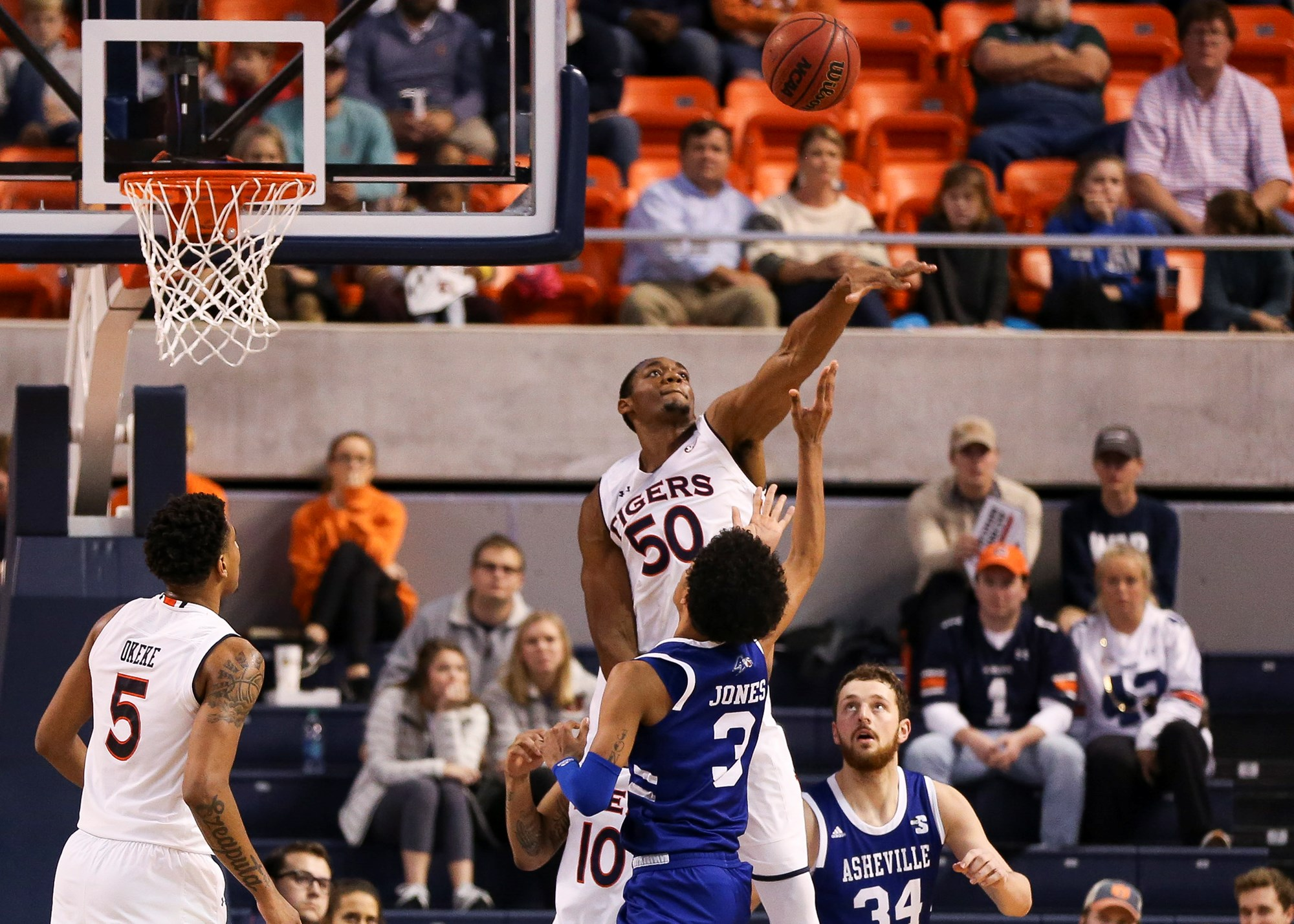 defense dominates in 67-41 win over unc asheville - auburn