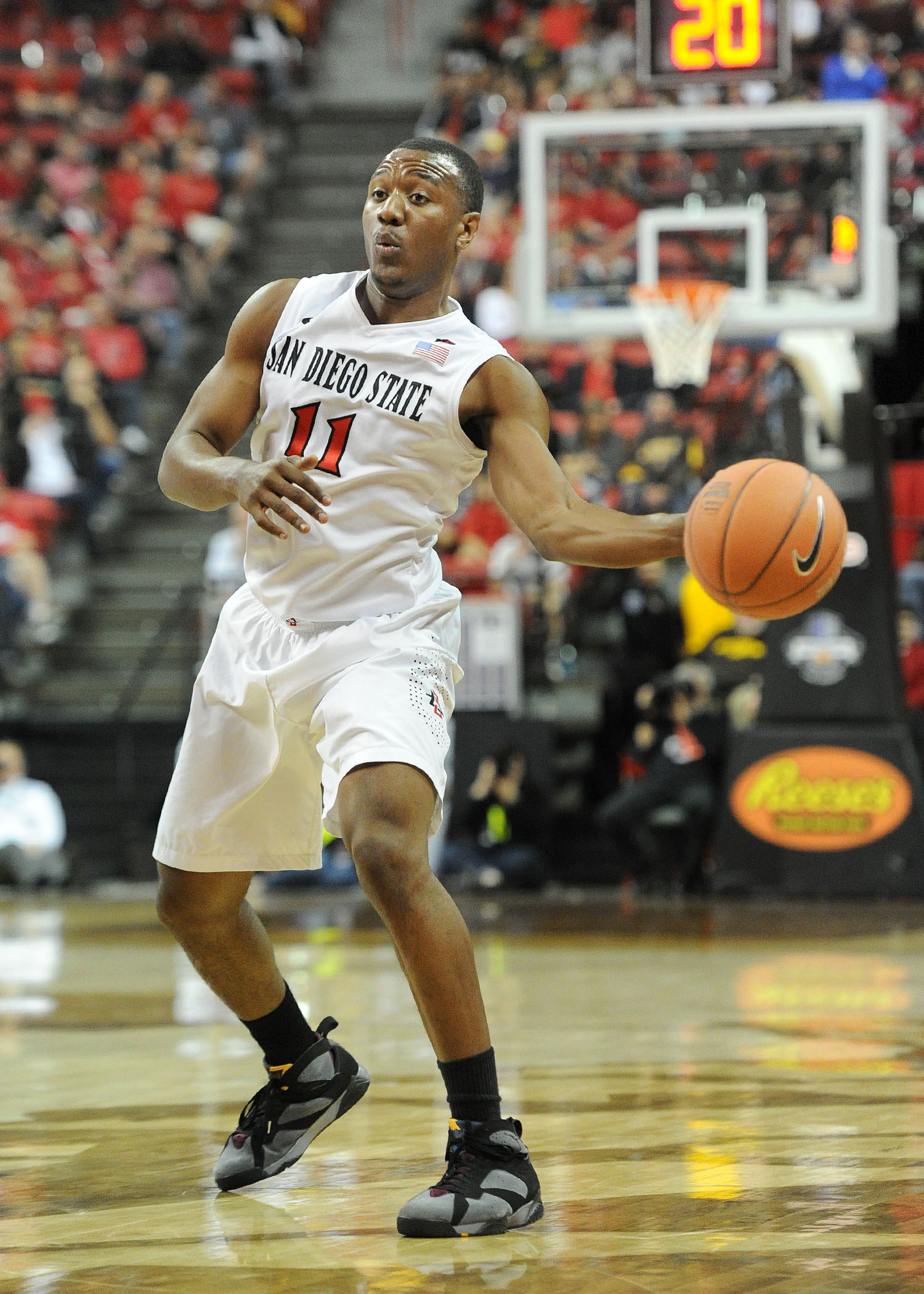 SDSU will face Brigham Young in the championship round of the EA SPORTS Maui Invitational.