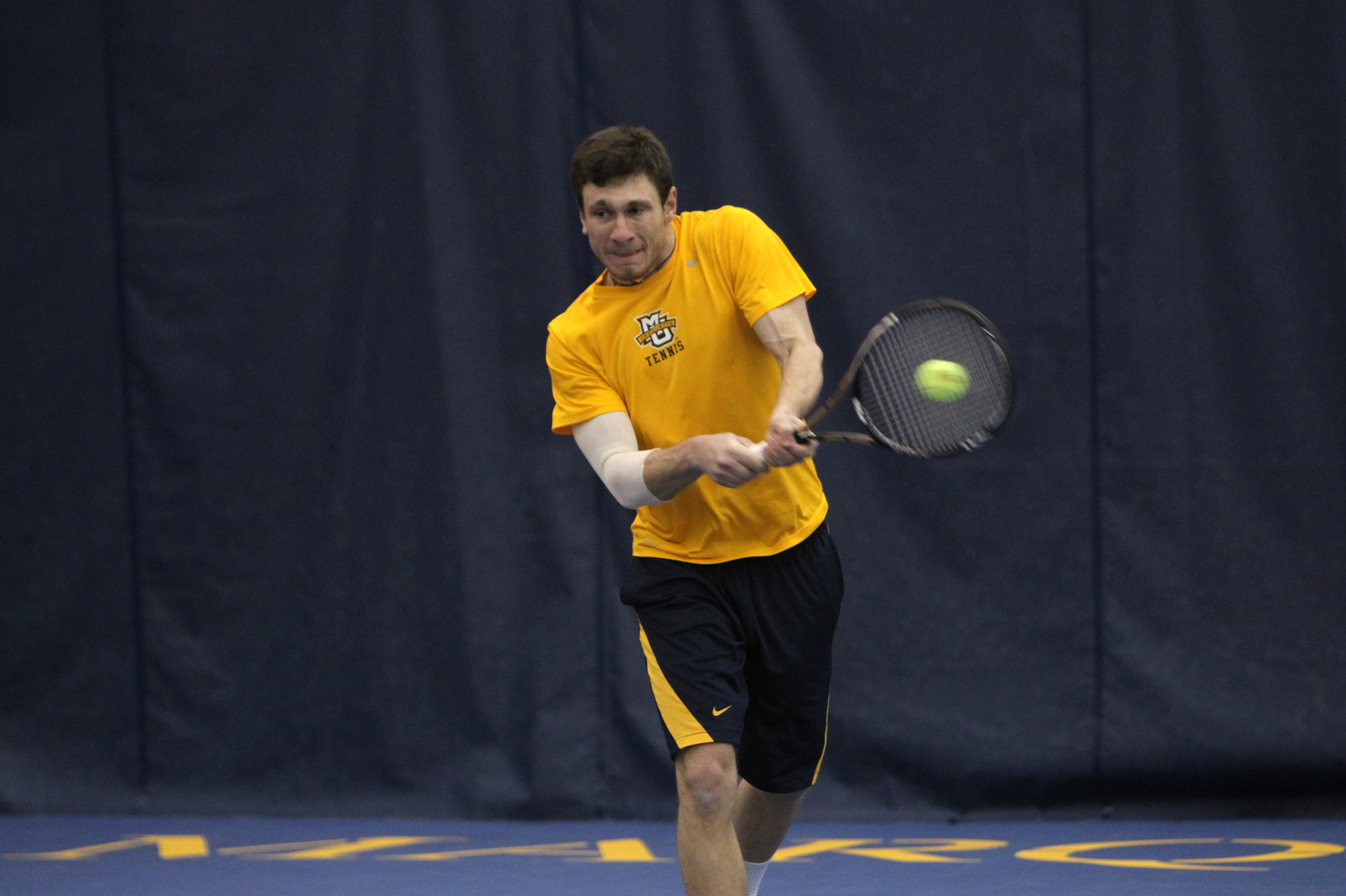 Freshman Gleb Sklyr concluded the week with a win.