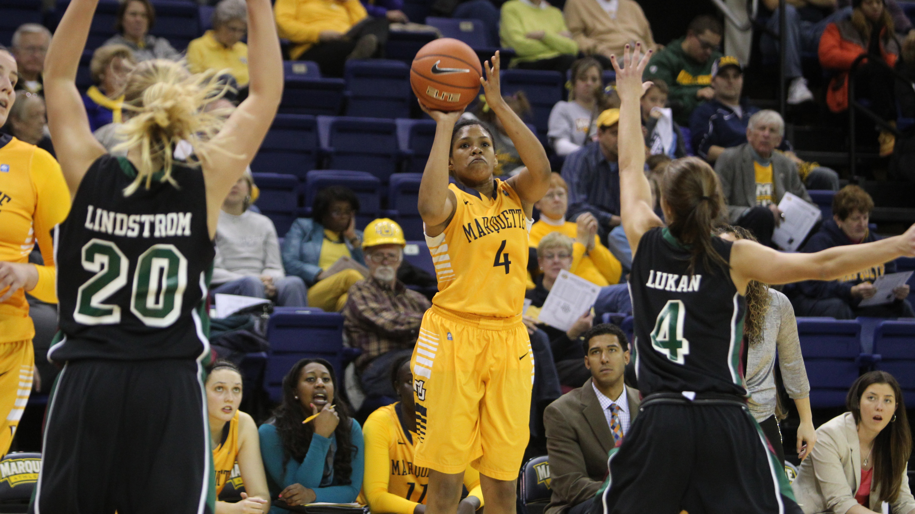 Arlesia Morse connected on three 3-point shots on Tuesday