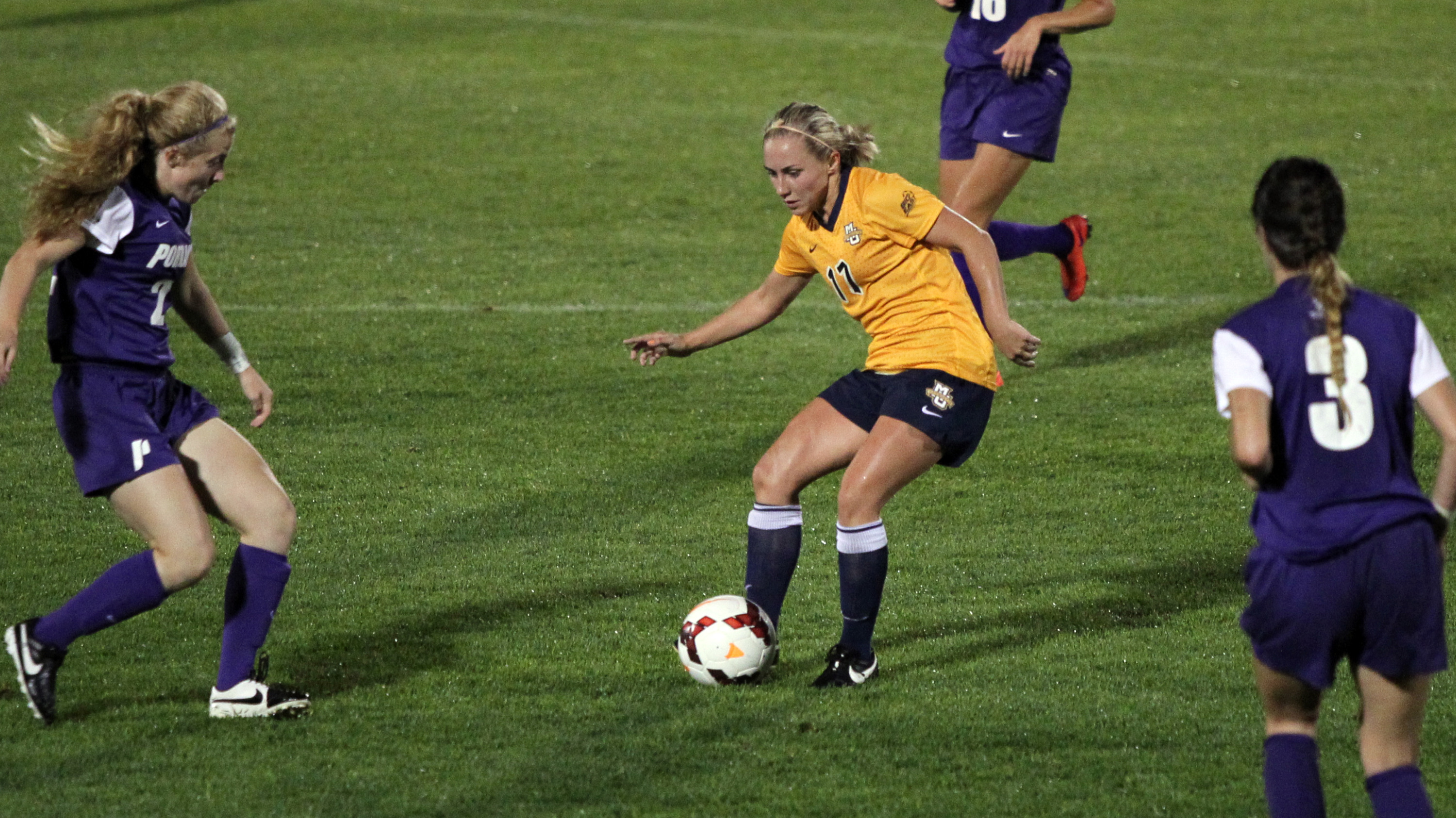 Liz Bartels posted a game-high three points with a goal and an assist.