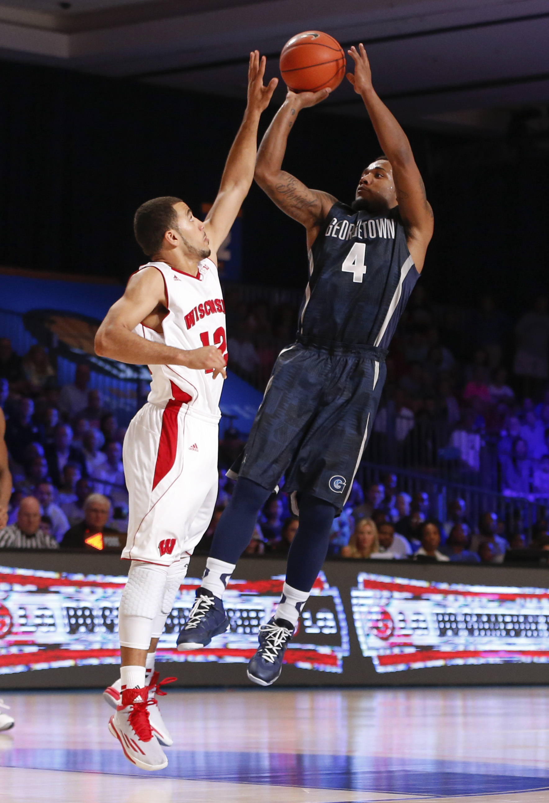 D'Vauntes Smith-Rivera was named to the BIG EAST Weekly Honor Roll.