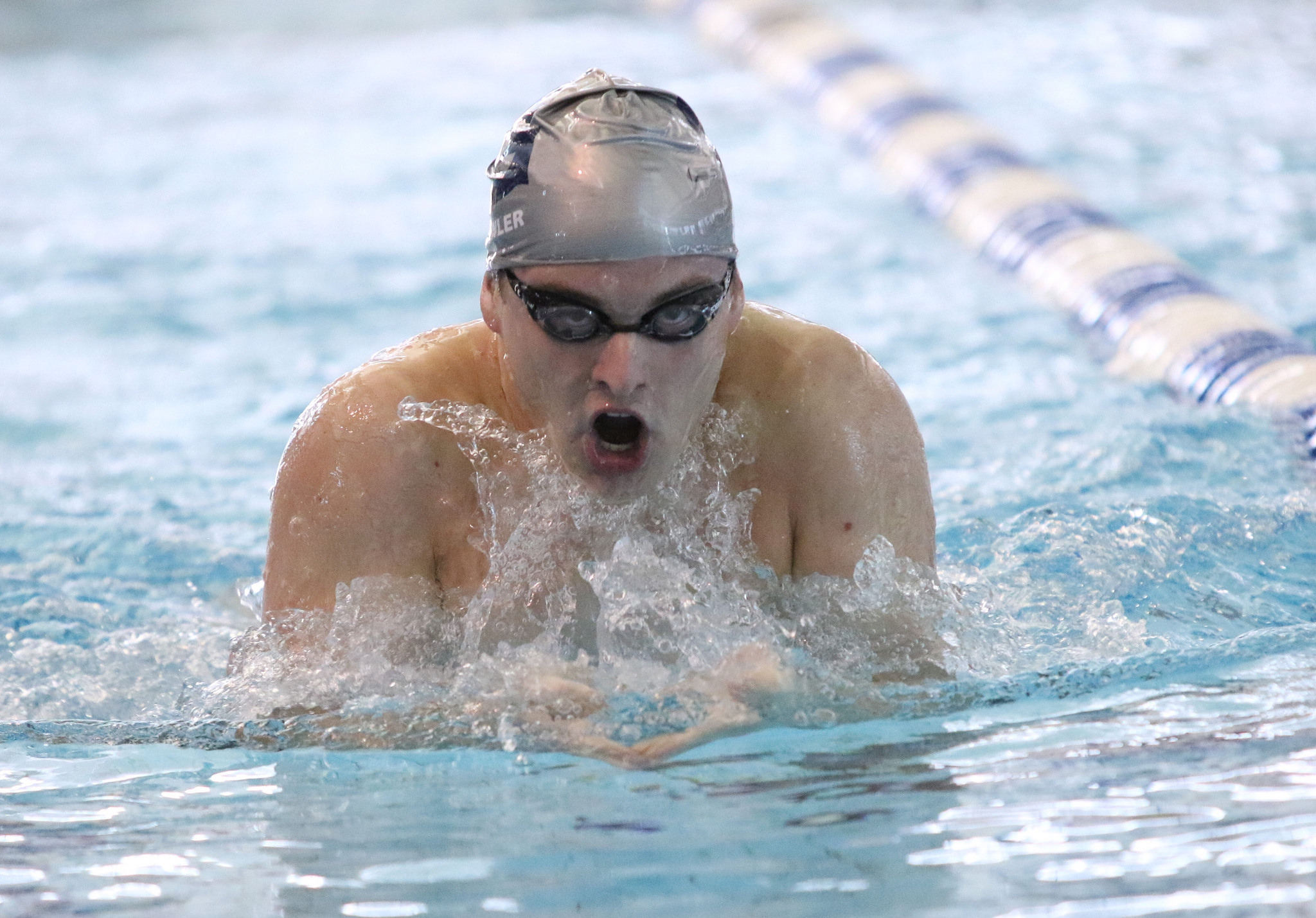 Georgetown defeated Saint Francis (Pa.), but fell to Delaware in its first dual meet.