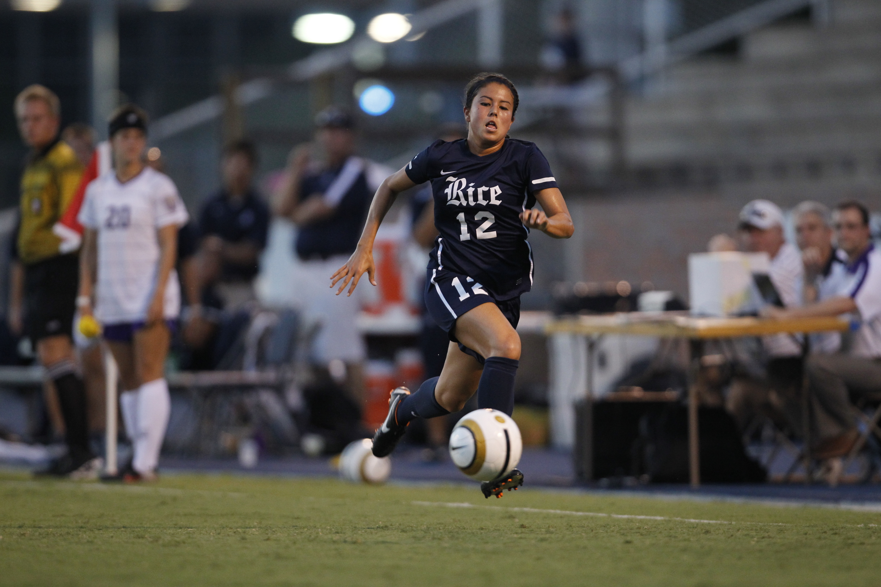 <b>Sign-up now for Rice Soccer's summer camps.</b>