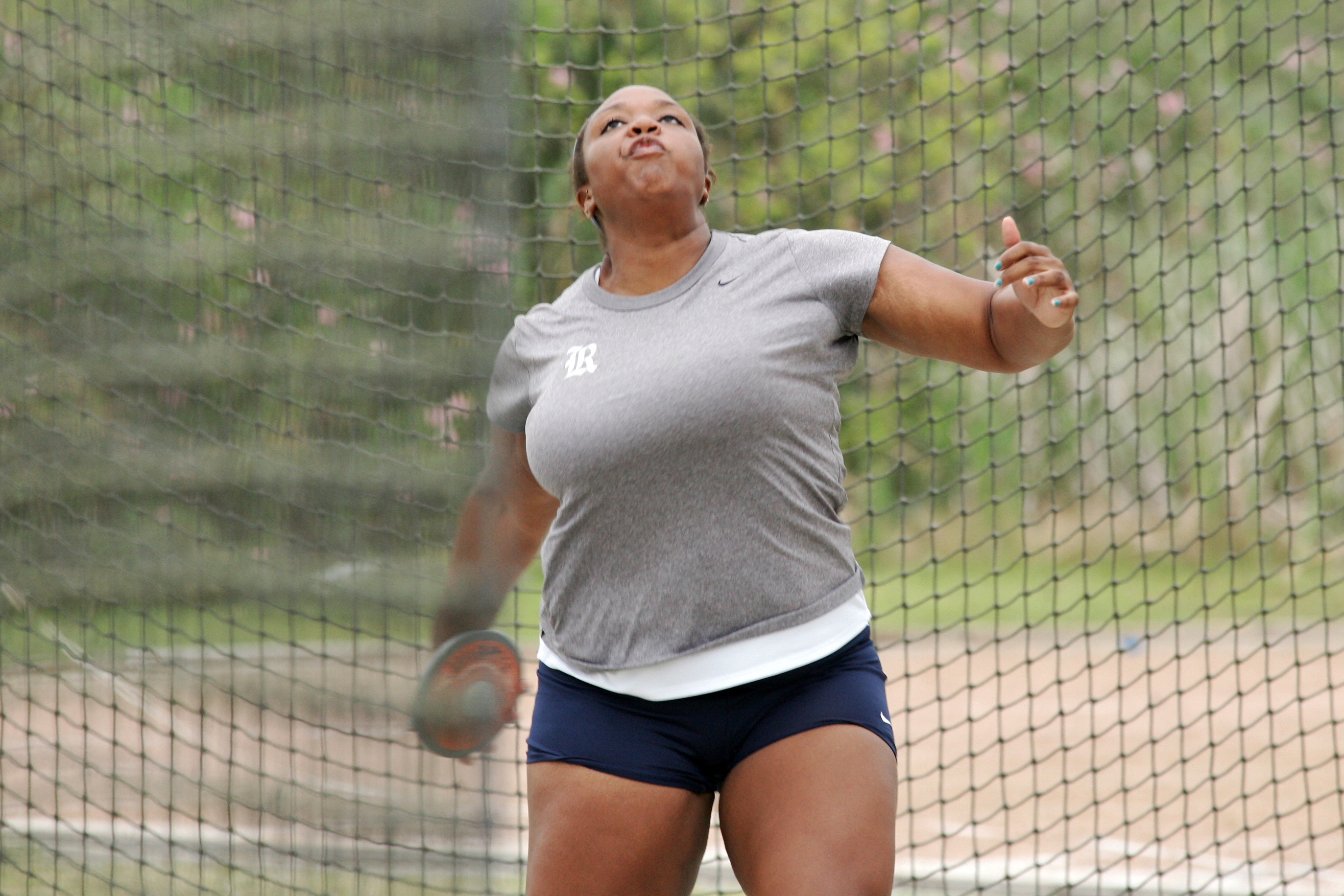 Sharae Robinson won the hammer and the discus