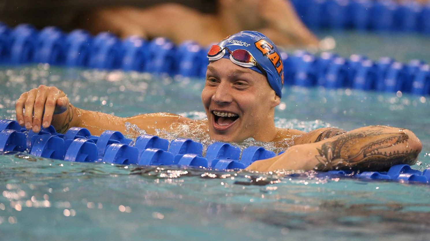 Jun 20, 2021 · caeleb dressel reacts after winning the men's 50 freestyle during wave 2 of the u.s. Caeleb Dressel - Men's Swimming & Diving - Florida Gators