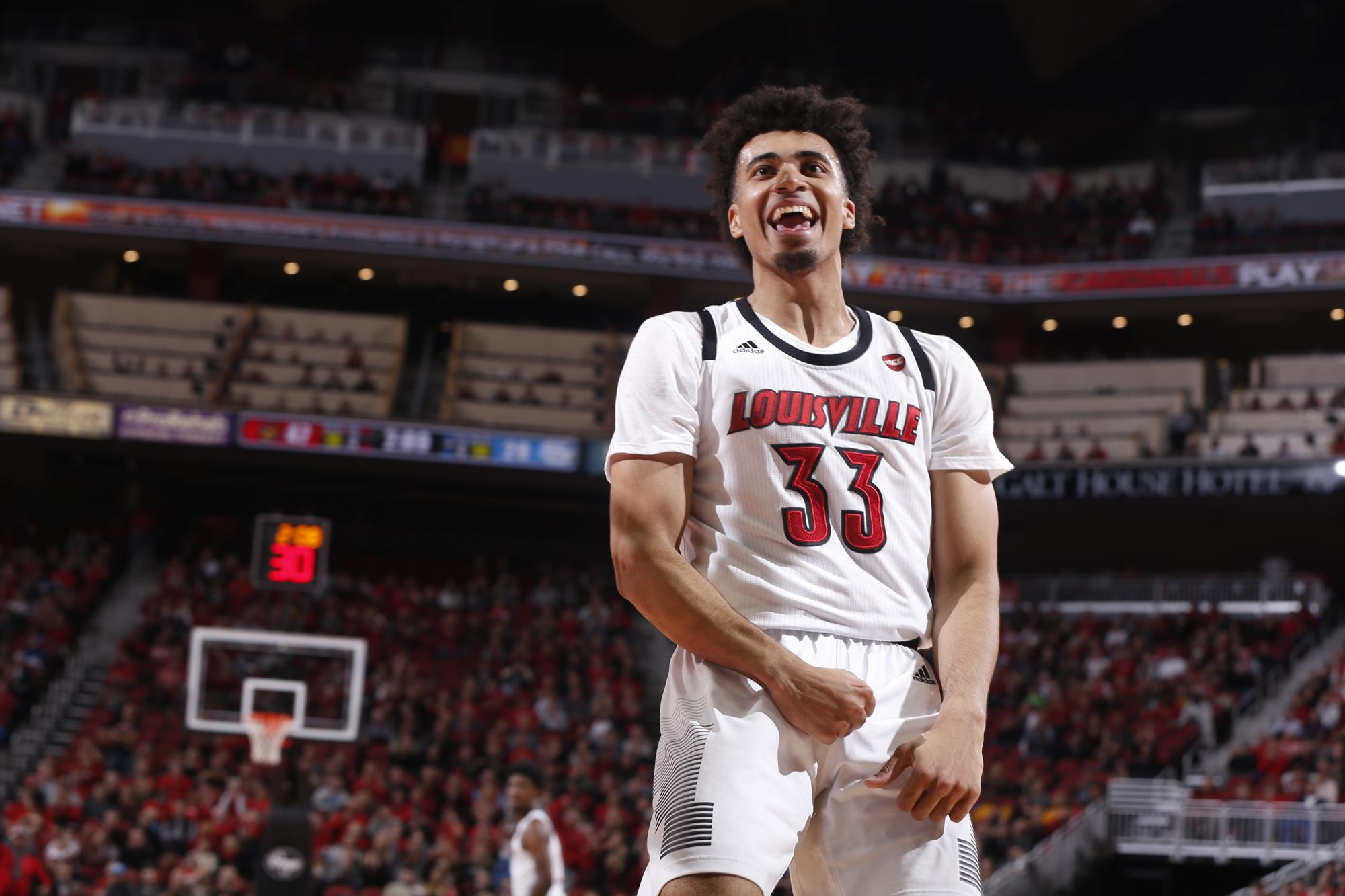 nwora williams power louisville easily past southern 104 54