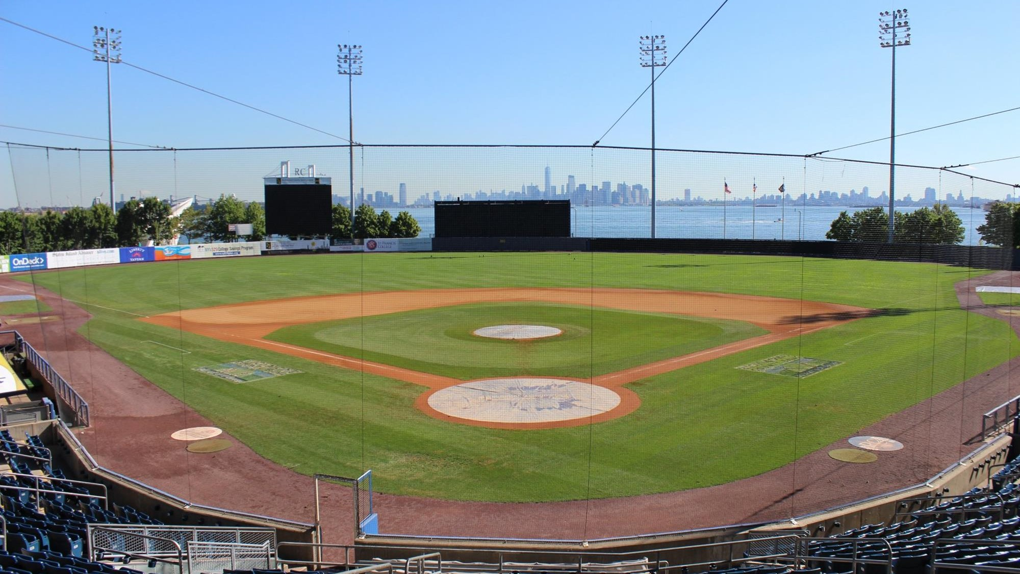 maac and staten island yankees announce three-year partnership