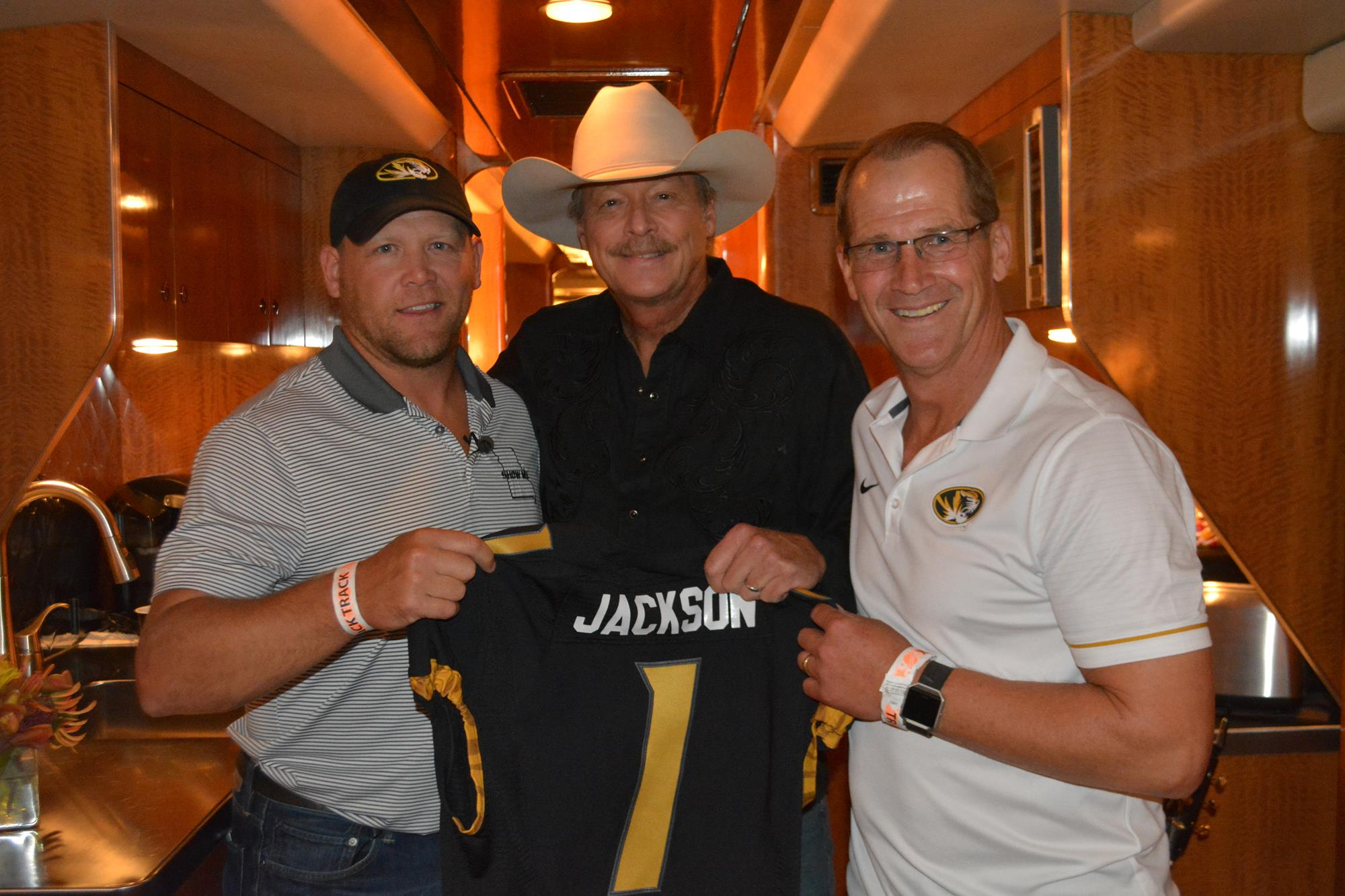 Coach Odom Serves As Opening Act For Alan Jackson At Missouri State