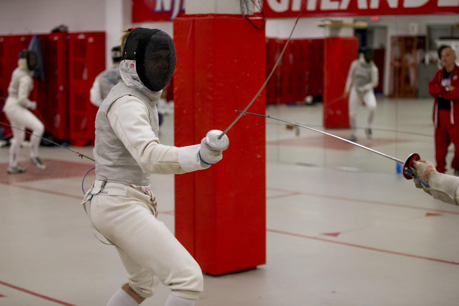Fencing Competes At Columbia Invitational New Jersey Institute Of