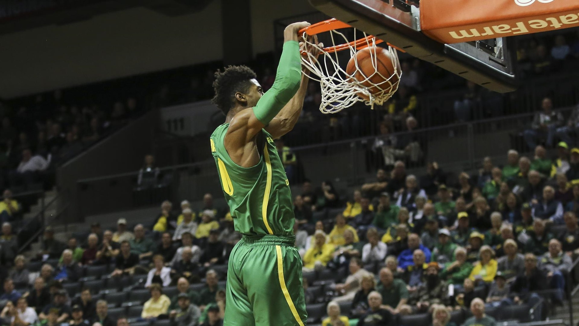 The Oregon Ducks take on the Florida A&M Rattlers at Matthew Knight Arena in Eugene, Oregon on December 18, 2018 (Eric Evans Photography)