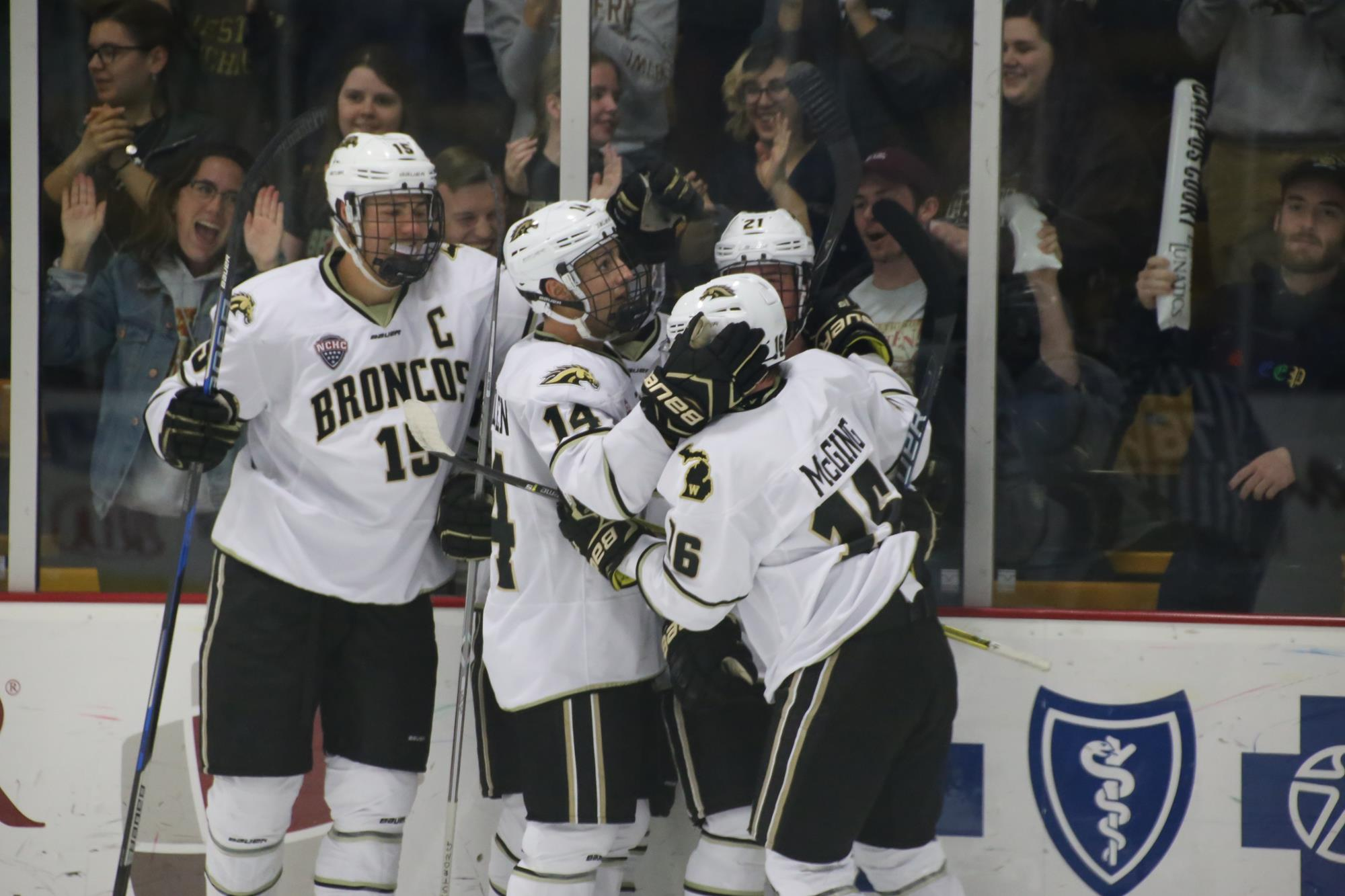 Hockey Set for Clash With No. 1 Denver - Western Michigan University ... f387ce7148d
