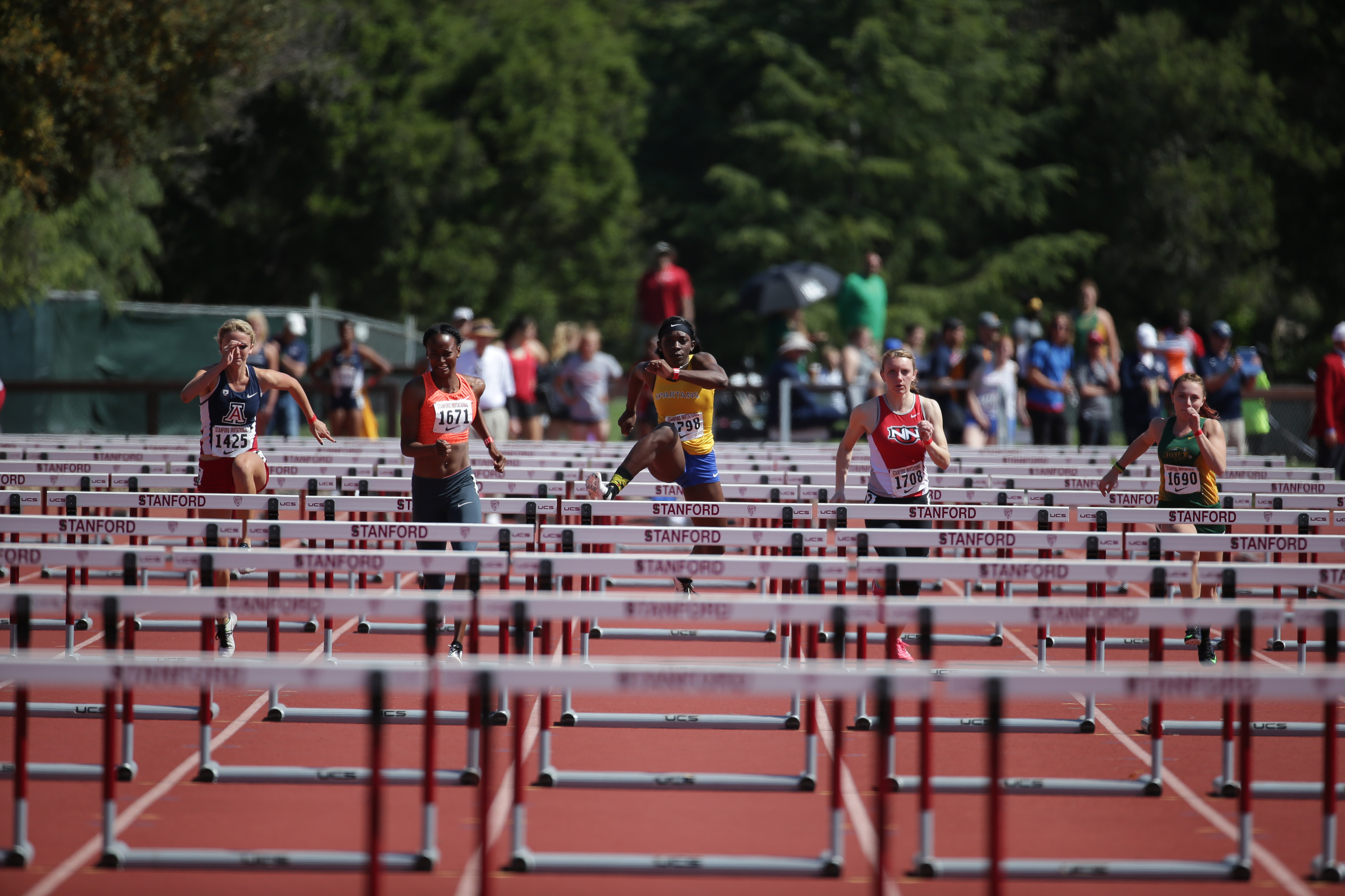 Makayla Webb is onto the finals in both the 100 and 400-meter hurdles.
