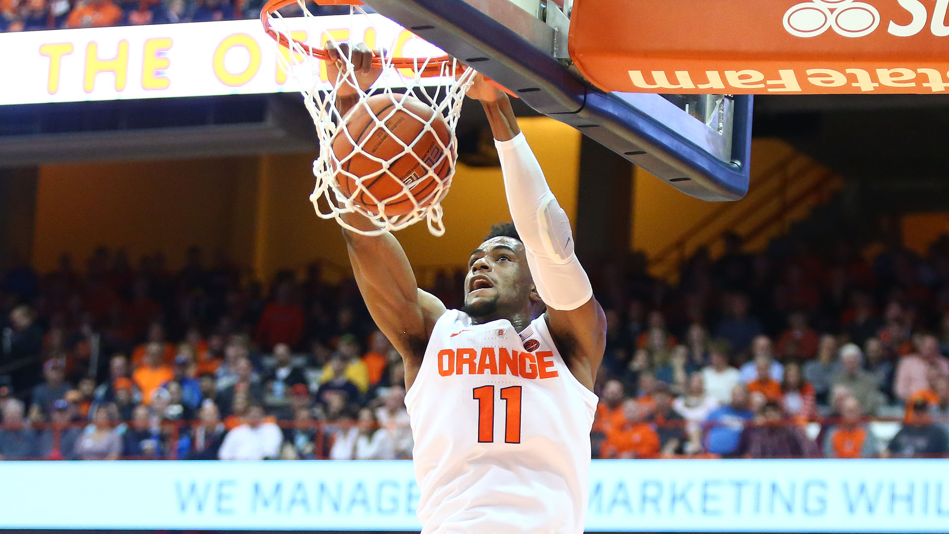 Brissett Leads Orange To Opening Victory Syracuse University Athletics