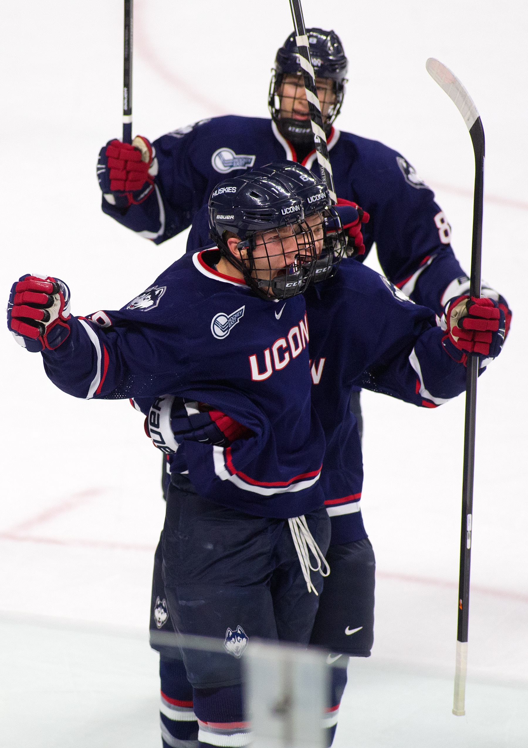 Huskies Face Off With Yale Bulldogs For Liberty Hockey Invitational